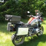 R1200 GS with Back Road Equipment Slider rear rack and top case mount.